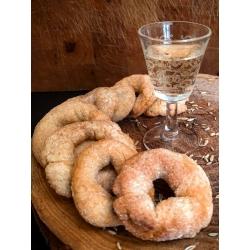 ciambelline : petites couronnes de pâte à base de vin sucré italien