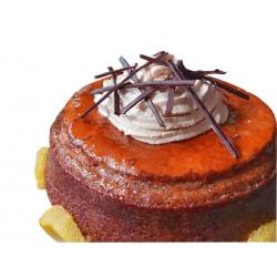 savarin chocolat avec rosace de ganache montée et aiguillettes en chocolat